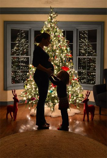 Christmas Gifts for Expecting Mothers   Love at First Sight